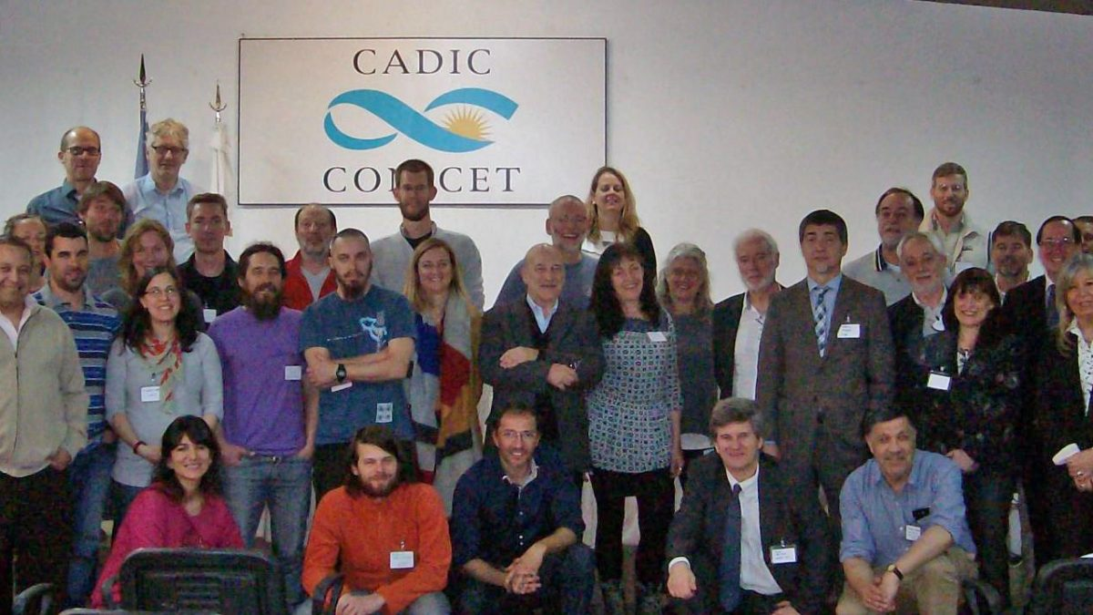 Participants of the 1. DynAMo Workshop at CADIC in Ushuaia, Argentina. Photo: Doris Abele.