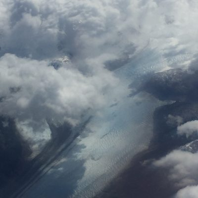 Impressions from the airplane: Glacier somewhere within the Andes. Photo: Alica Ohnesorge